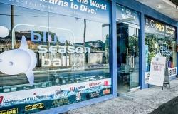 Retail center Shop blue season bali