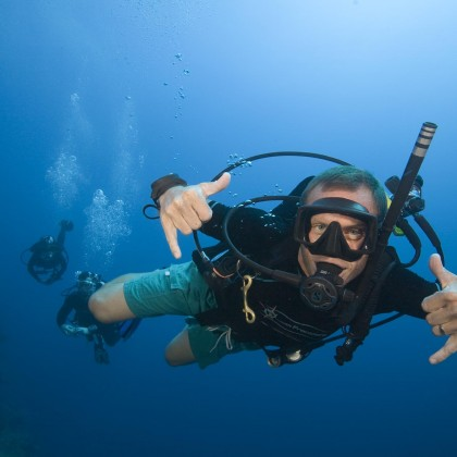 How To Choose Your PADI Divemaster Course
