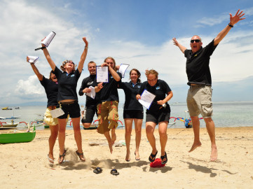 The Hardest Demonstration Skills in PADI Divemaster Course