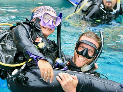 full equipment pool dive