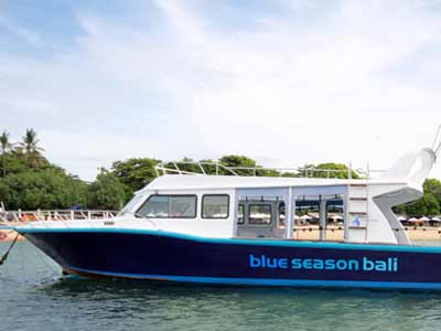 facilities-blue-season-boat