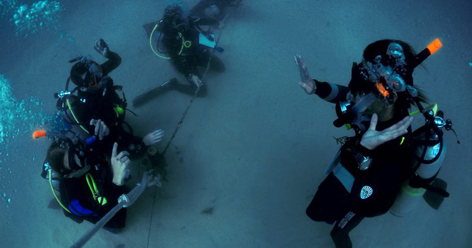 PADI Instructor Teach their students