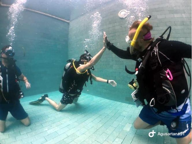 Diving with the right equipment